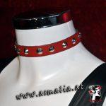 Lederhalsband mit Spitznieten in verschiedenen Farben rot HB-001